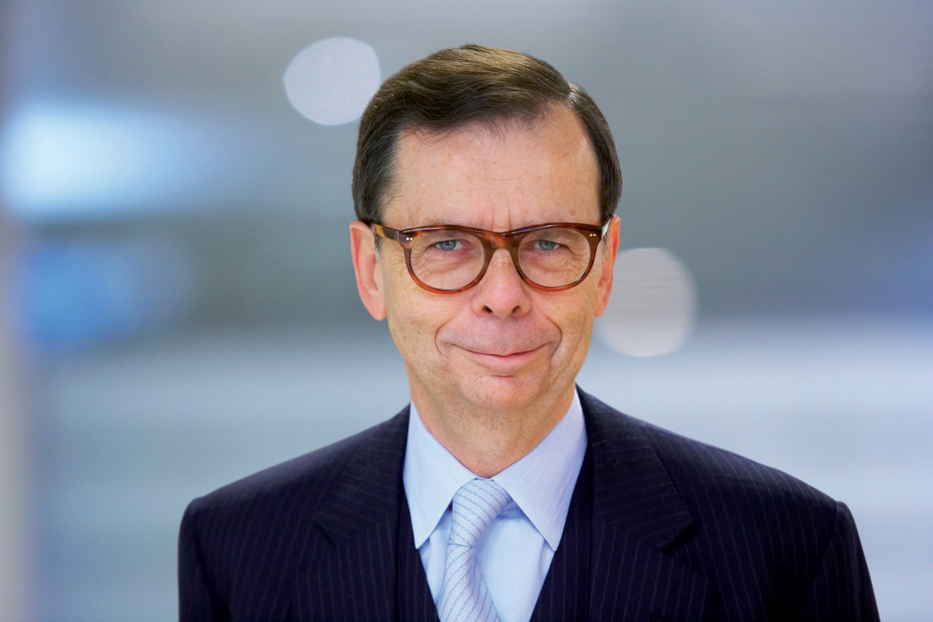 volvo-names-new-chairman-of-the-board-15502_1.jpg